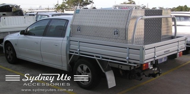 Holden Crewman Dual Cab Tray With Rear Ladder Rack And