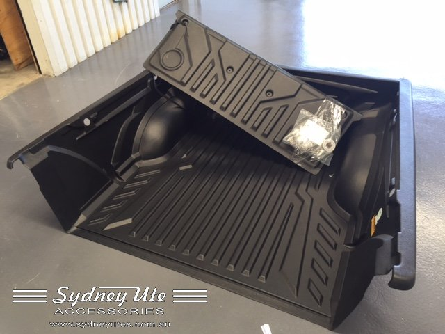 Toyota Hilux Over Rail Ute Liner